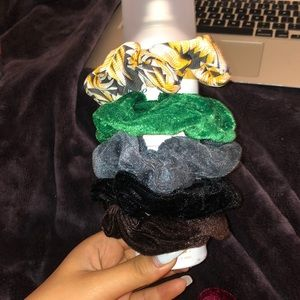 five pack of scrunchies